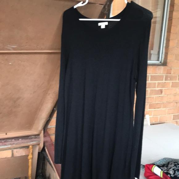 Tops - black long sleeved dress